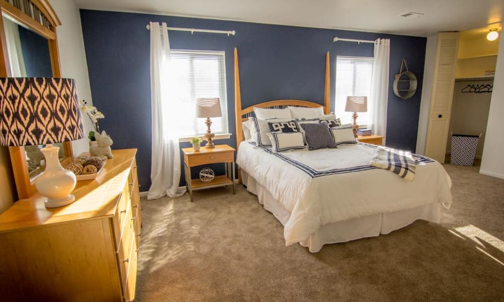 Bedrooms with spacious closets at Marchwood Apartment Homes in Exton, Pennsylvania.