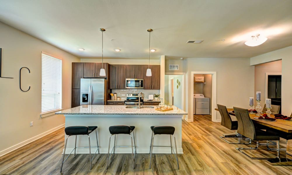 Dining and kitchen area in Jacksonville, Florida offer a Kitchen
