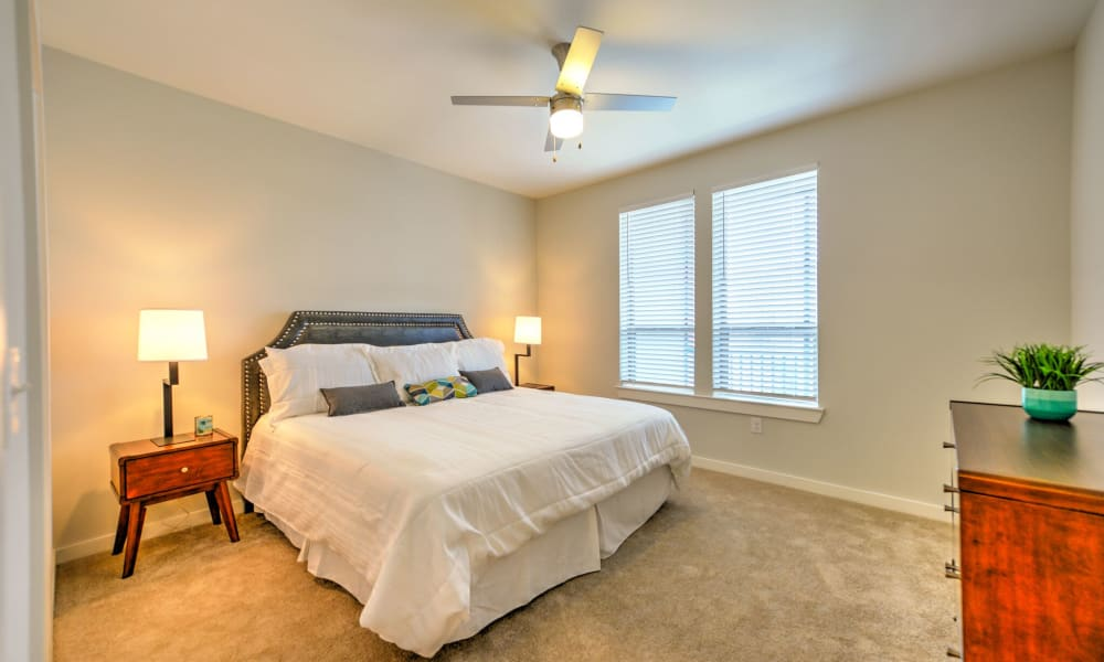Luxor Club offers a Bedroom with large windows for lots of light in Jacksonville, Florida