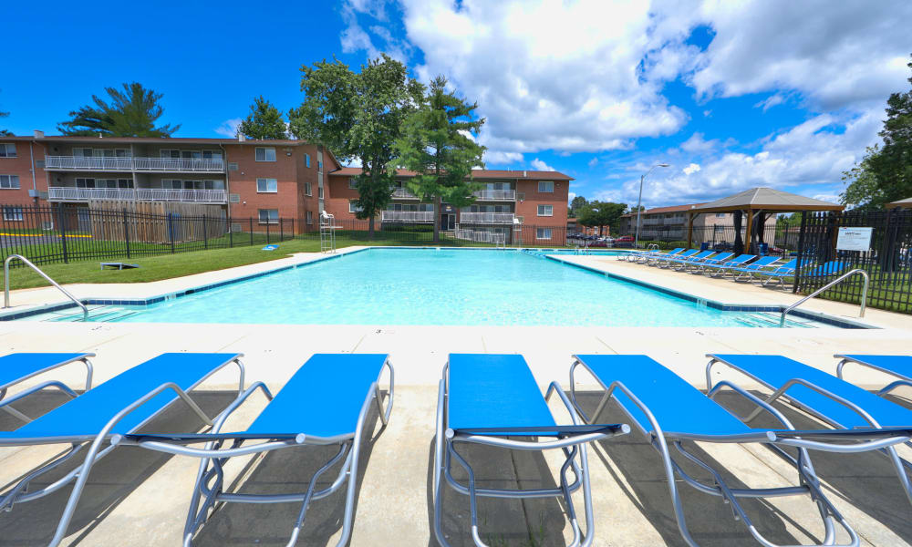 Enjoy Apartments with a Swimming Pool at Willow Lake Apartment Homes