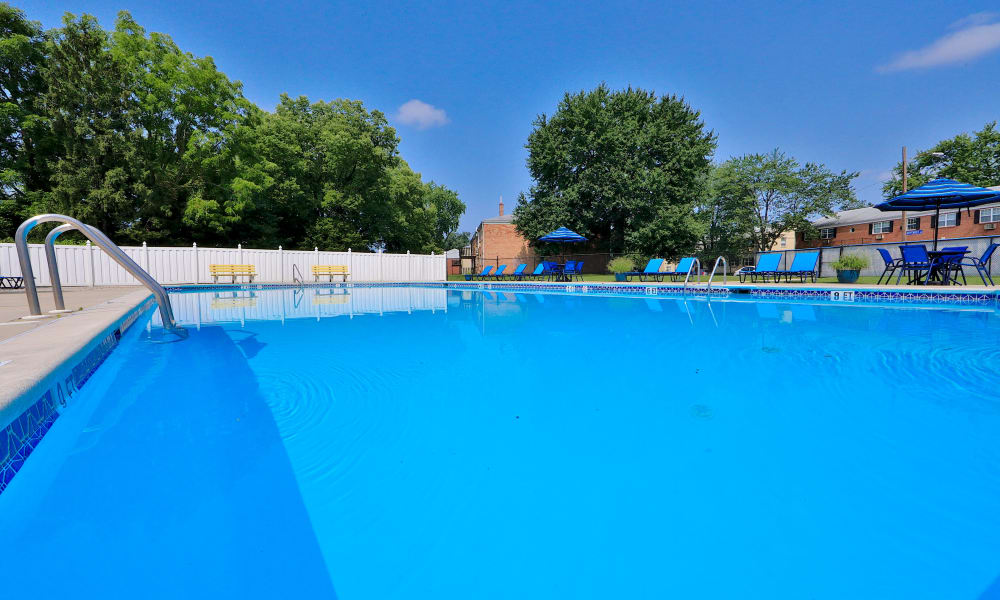 Enjoy Apartments with a Swimming Pool at Camp Hill Apartment Homes