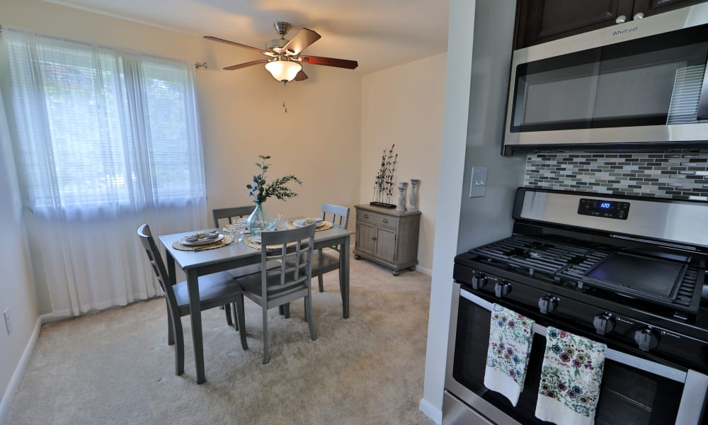 Dining Room Area at Charlesmont Apartment Homes in Dundalk, Maryland
