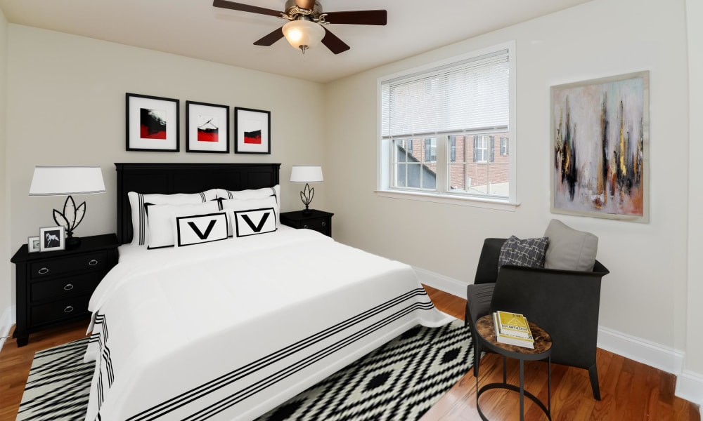 The Villas at Bryn Mawr Apartment Homes offers a Bedroom in Bryn Mawr, Pennsylvania