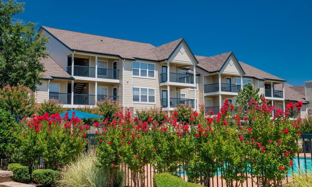 A row of apartments at Villas at Stonebridge in Edmond, Oklahoma