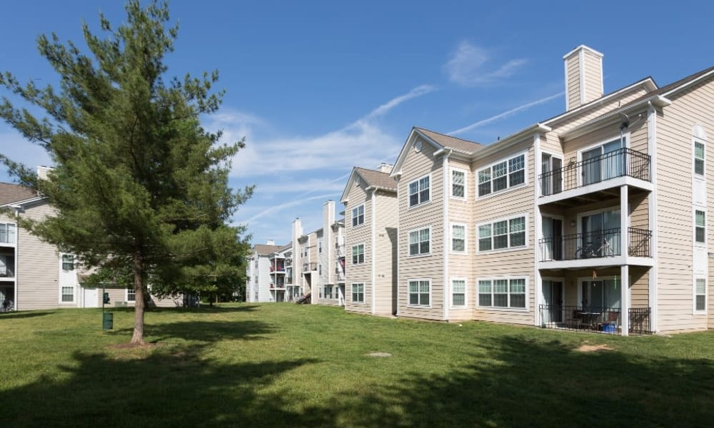 Apartments with a private balcony or patio at Abbotts Run in Alexandria, Virginia.