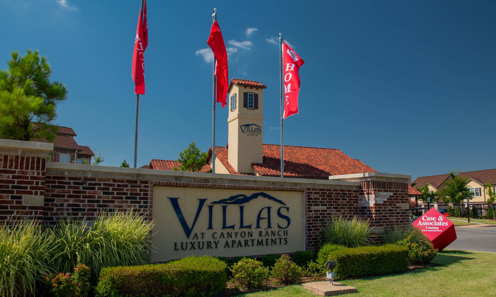 The sign in front of Villas at Canyon Ranch in Yukon, Oklahoma