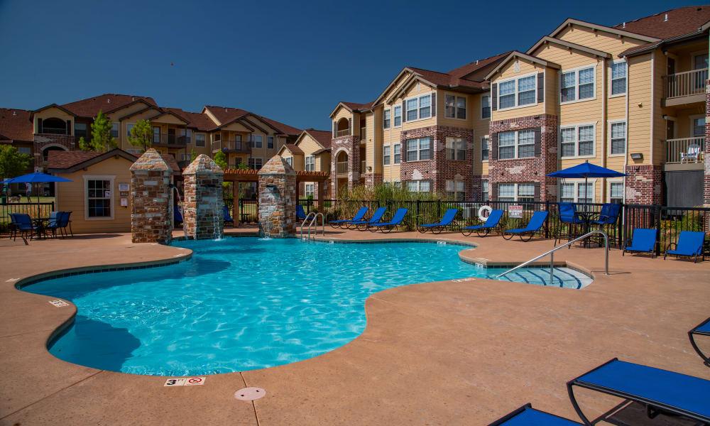 The pool at Villas at Canyon Ranch in Yukon, Oklahoma