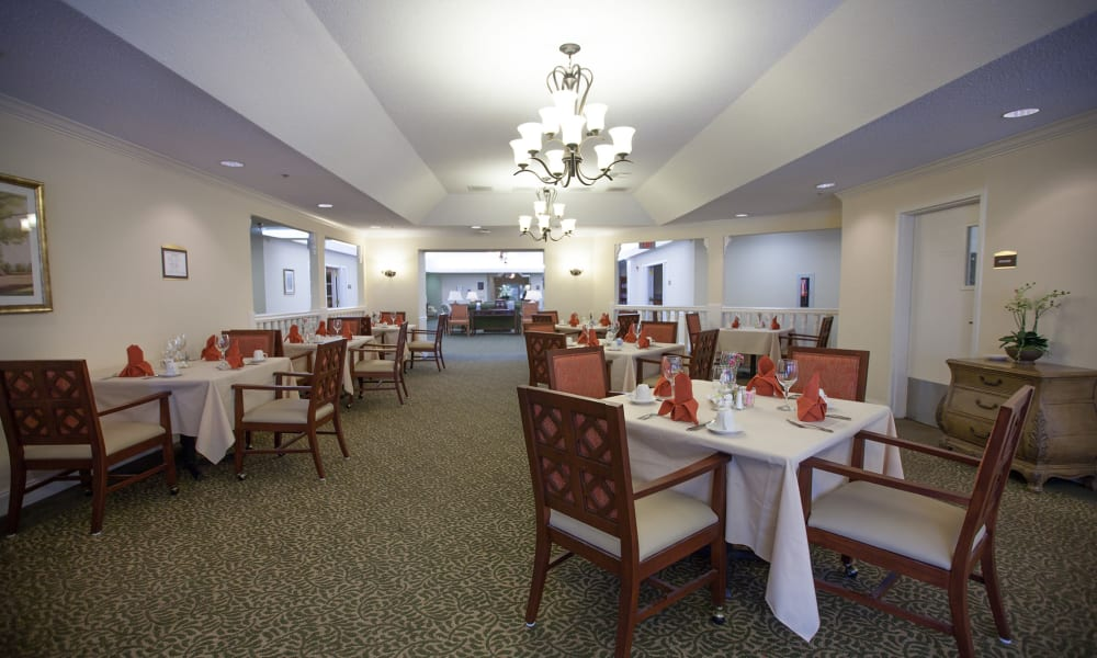 Dining hall at The Island Cove at Hilton Head in Hilton Head, South Carolina