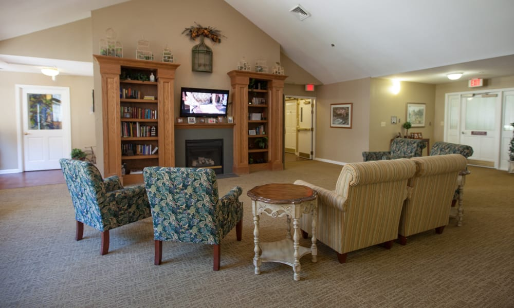 living room seating area in Harbor Cove Memory Care in Hilton Head, South Carolina