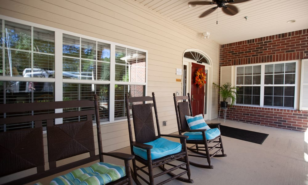 Seating on the front porch at Village Cove Assisted Living in Hilton Head, South Carolina
