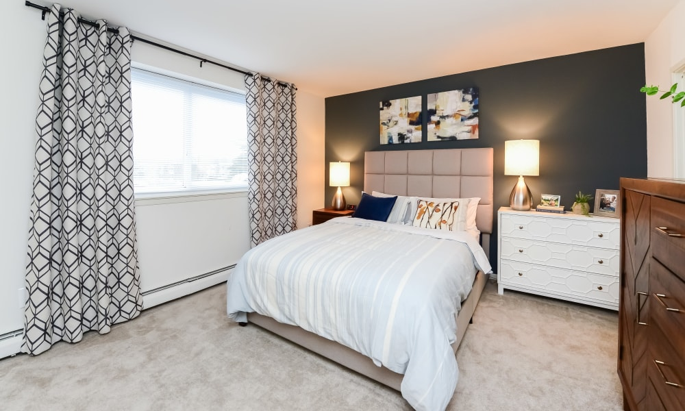 Bedroom at Sherwood Crossing Apartments & Townhomes in Philadelphia, Pennsylvania