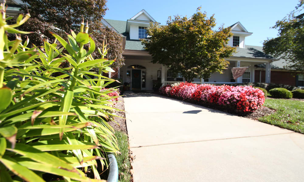 Walkway to the main entrance at Chandler Place Independent Living in Rock Hill, South Carolina