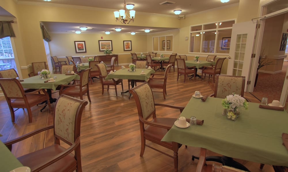 Dining hall with hardwood floor at Chandler Place Assisted Living & Memory Care in Rock Hill, South Carolina
