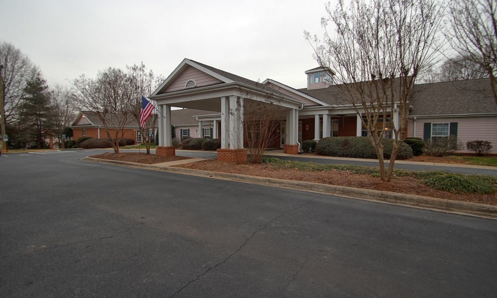 Main entrance to Chandler Place Assisted Living & Memory Care in Rock Hill, South Carolina