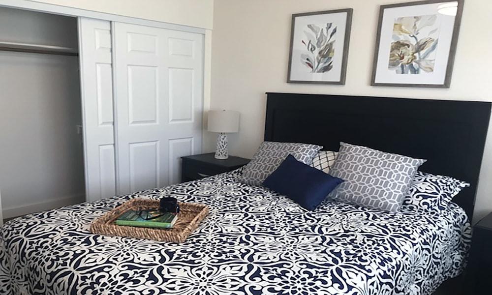 Large bed at Blossom Vale Senior Living in Orangevale, California