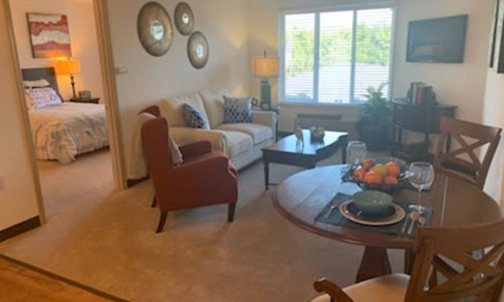 Living room at Maple Ridge Senior Living