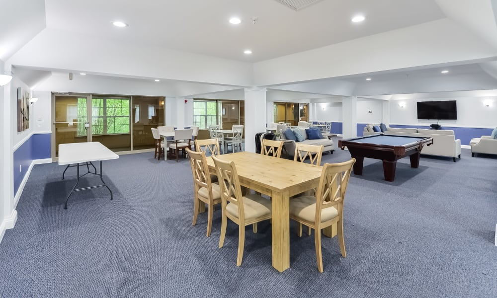 Enjoy Apartments with a Clubhouse at The Horizons at Franklin Lakes Apartment Homes