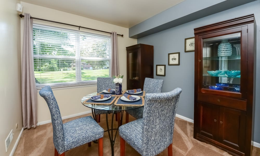 Dining Room at Sherwood Village Apartment & Townhomes in Eastampton, New Jersey