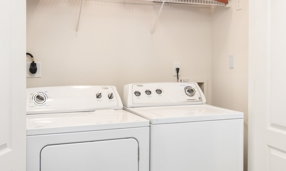 Washer and dyer hookups offered at City View in Atlanta, Georgia