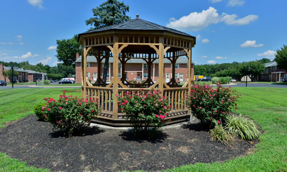 Gazebo at Roberts Mill Apartments & Townhomes in Maple Shade, New Jersey