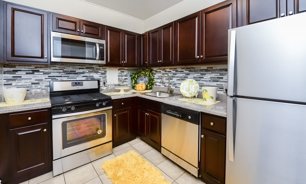 Riverside Towers Apartment Homes offers a Modern Kitchen in New Brunswick, New Jersey