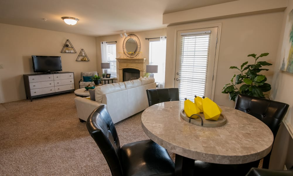 An apartment living room at Park at Mission Hills in Broken Arrow, Oklahoma