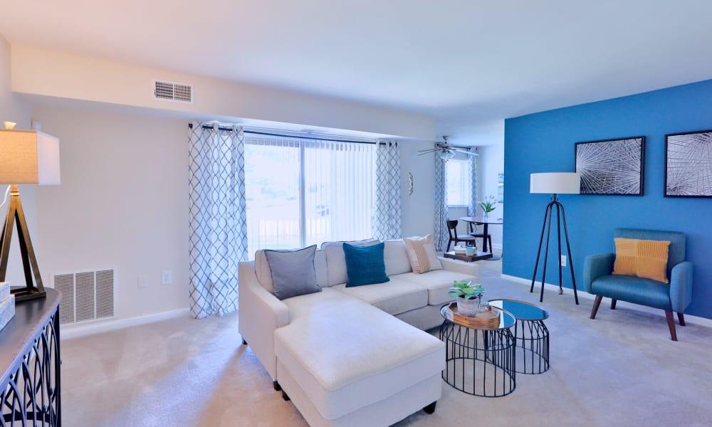 Modern living room at Gwynn Oaks Landing Apartments & Townhomes, MD
