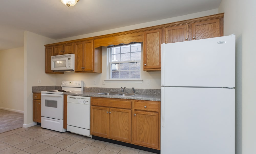 Well equipped kitchen at Home Place Apartments in Chattanooga, Tennessee