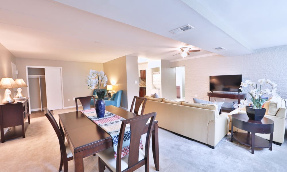 Living Room at The Reserve at Greenspring in Baltimore, Maryland