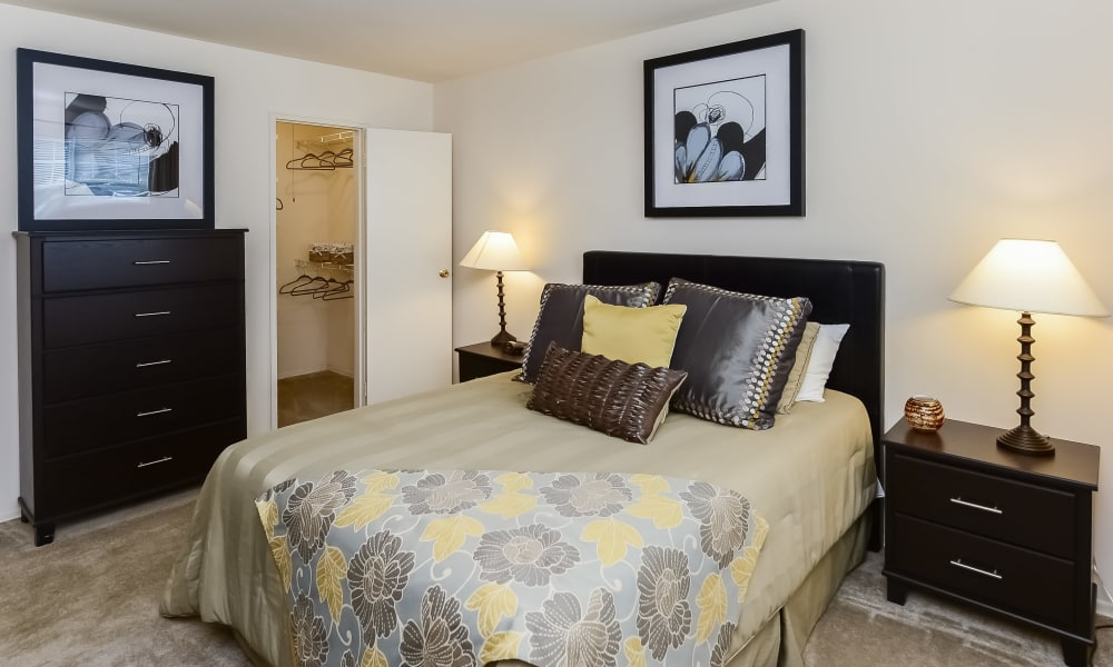 Bedroom at Nieuw Amsterdam Apartment Homes in Marlton, New Jersey