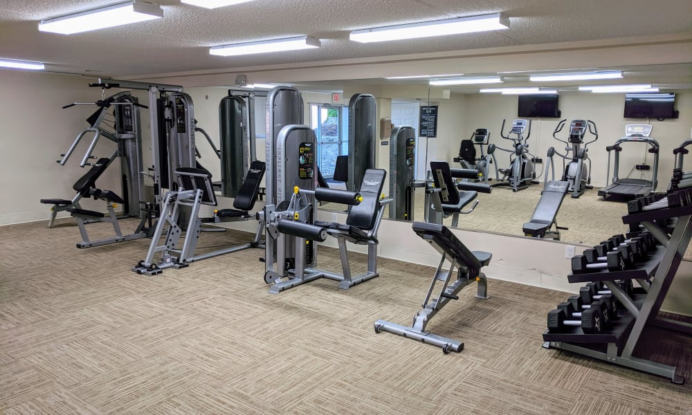 Enjoy Apartments with a Fitness Center at Curren Terrace