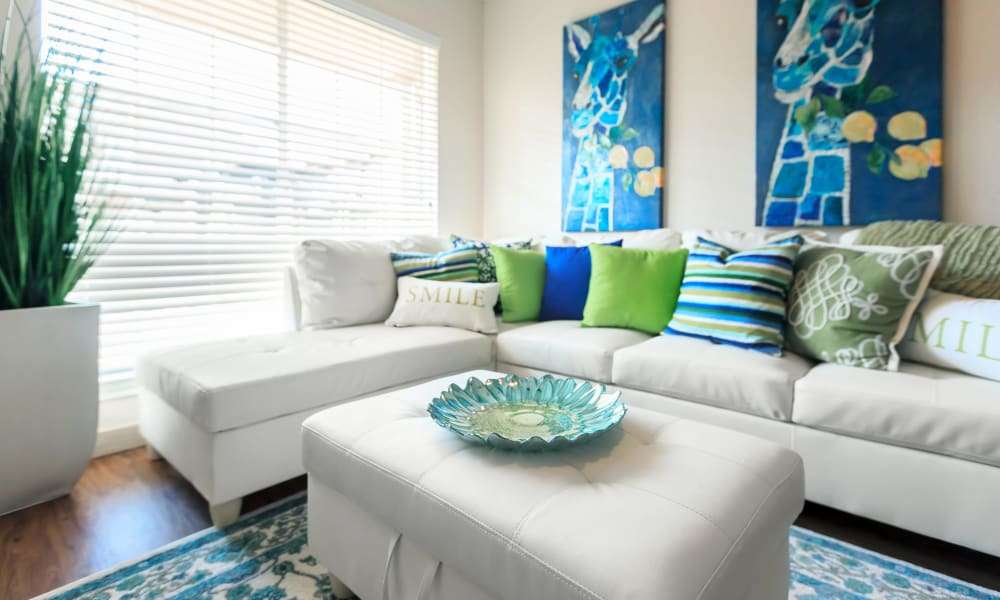 A furnished apartment living room at The Vibe at Clear Lake in Webster, Texas