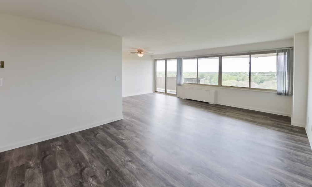 Spacious floor plan at Towers of Windsor Park Apartment Homes in Cherry Hill, New Jersey