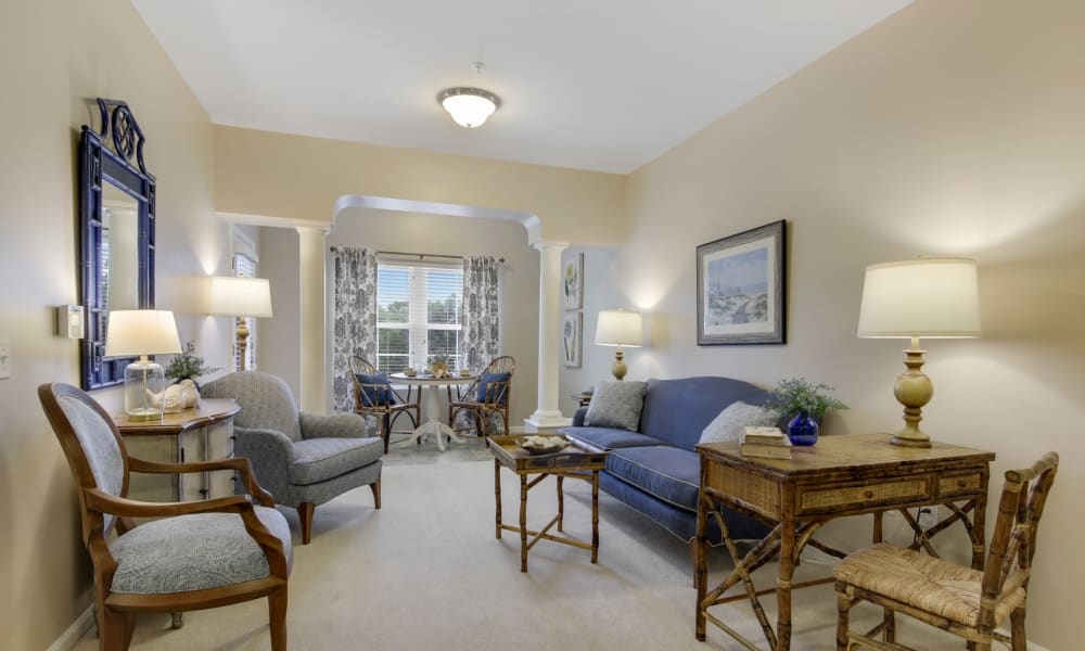 Beautifully decorated resident living room at Keystone Place at Terra Bella in Land O' Lakes, Florida.