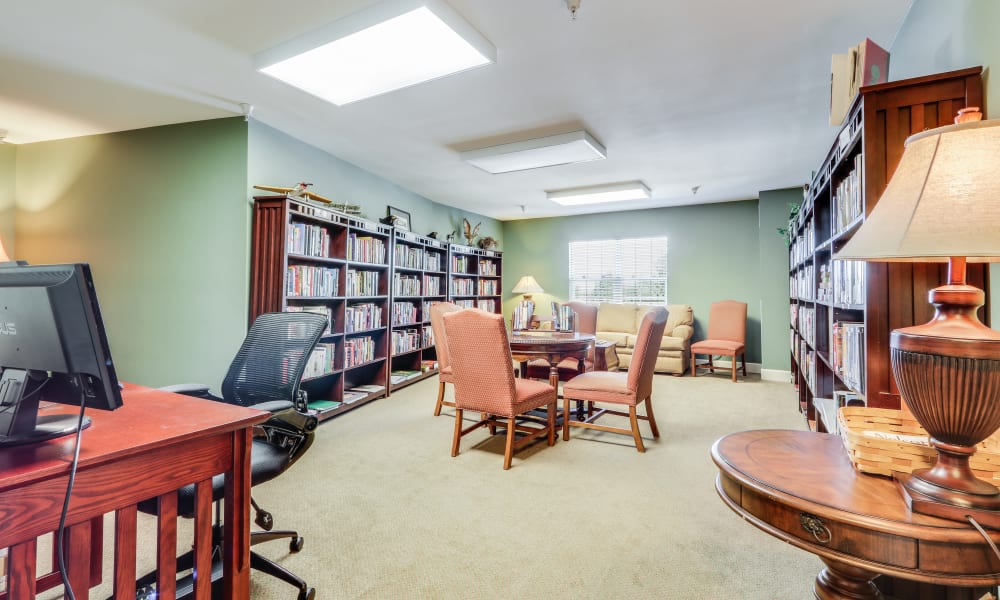 Resident library at Keystone Place at Legacy Ridge in Westminster, Colorado.