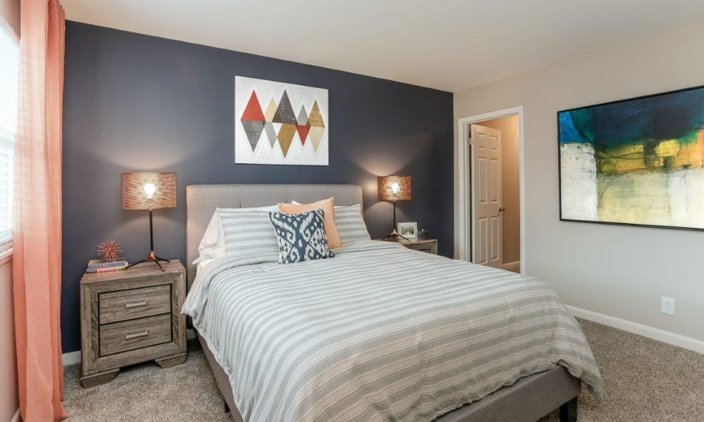 Bedroom at Mallards Landing Apartment Homes in Nashville, Tennessee