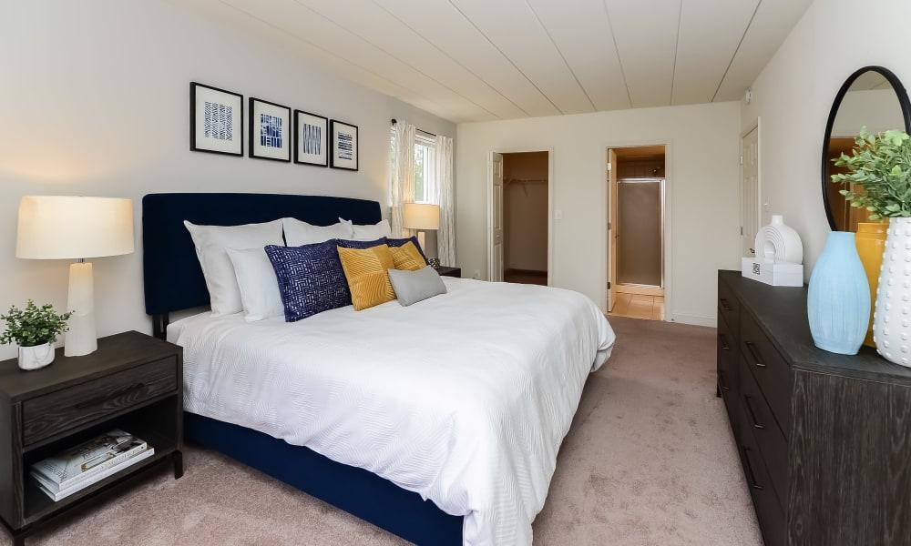 Bedroom at Stonegate at Devon Apartments in Devon, PA
