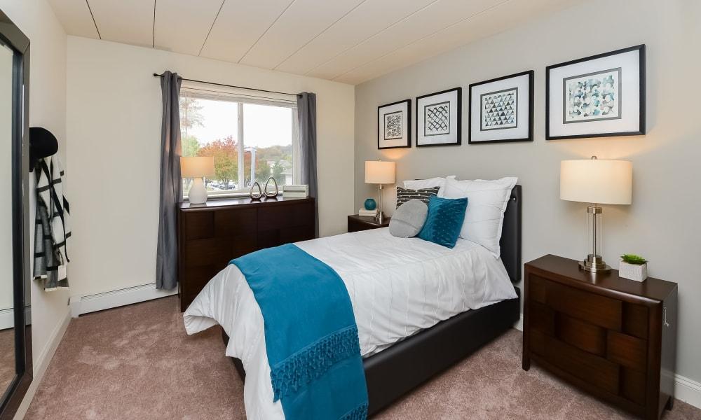 Bedroom at Stonegate at Devon Apartments in Devon, Pennsylvania