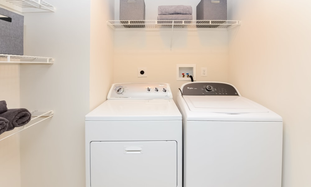 Stonegate at Devon Apartments in Devon, Pennsylvania offers Apartments with a Washer/Dryer