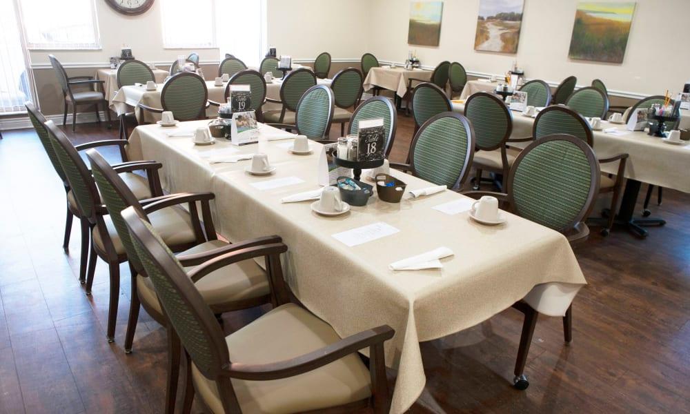 Dining hall at Lake Morton Plaza in Lakeland, Florida