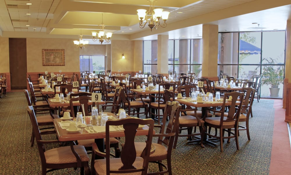 An accommodating dining area at Spring Haven in Winter Haven, Florida
