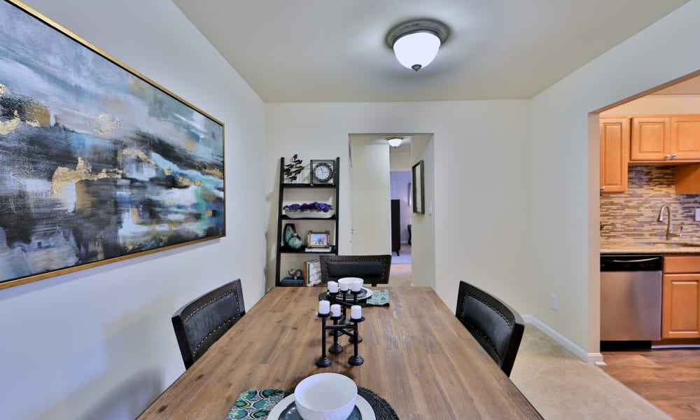 Dining Room at Chesapeake Glen Apartment Homes | Apartments in Glen Burnie, MD