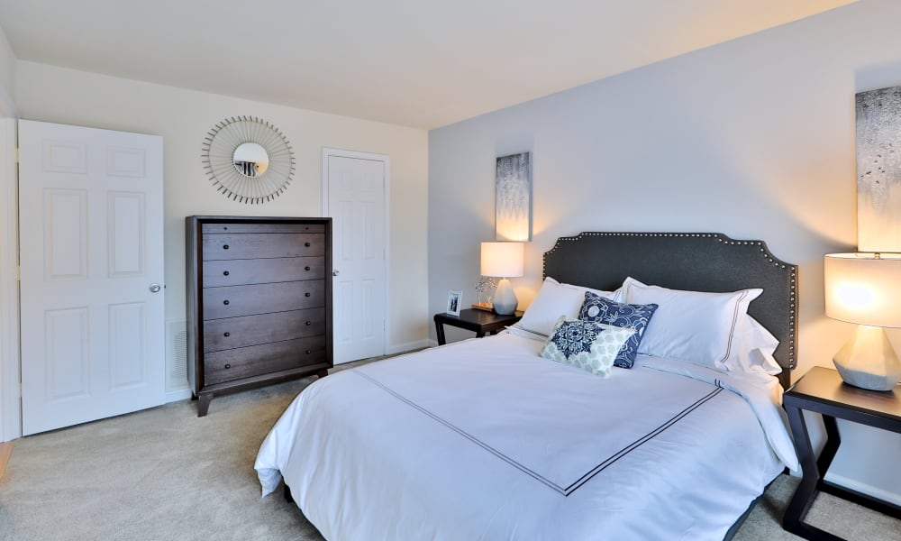 Beautiful Bedroom at Chesapeake Glen Apartment Homes in Glen Burnie, MD
