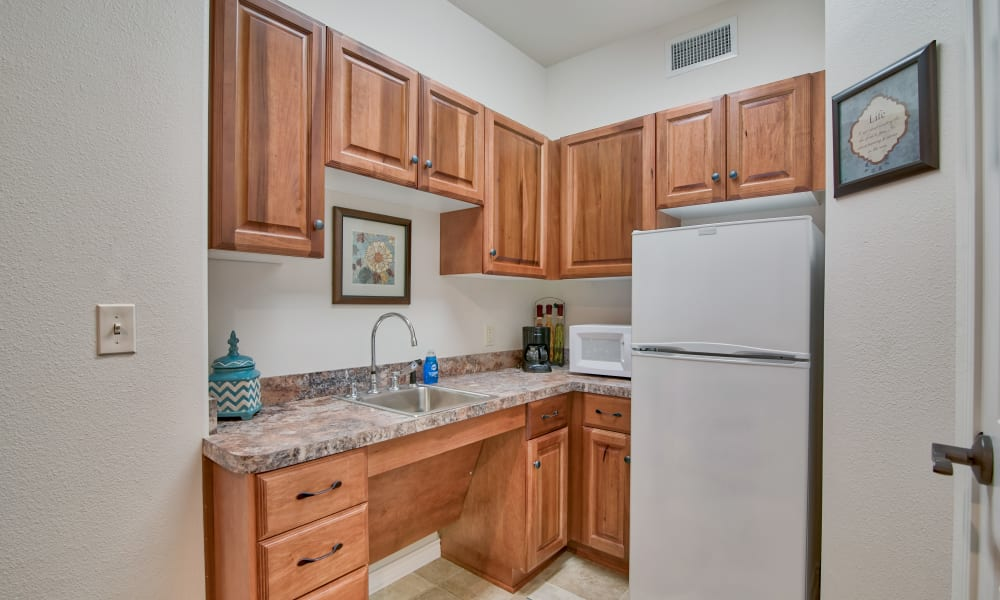 kitchenette at Pelican Bay in Beaumont, Texas
