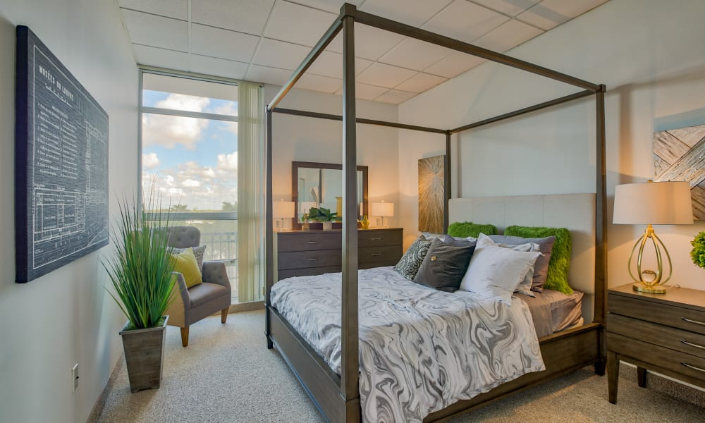 A spacious bedroom at The Peninsula in Hollywood, Florida