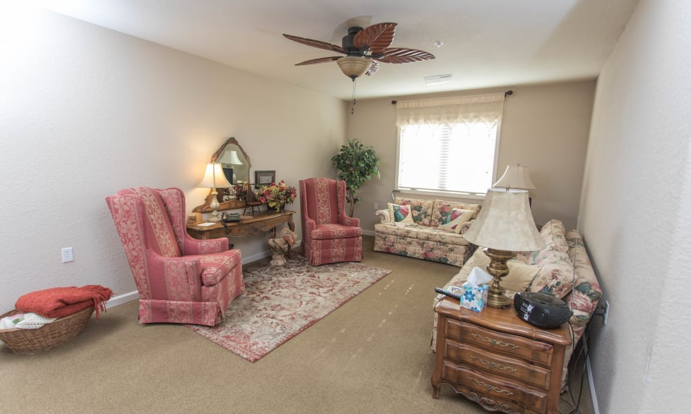 Apartment living room in a home at Villas of Holly Brook Shelbyville in Shelbyville, Illinois