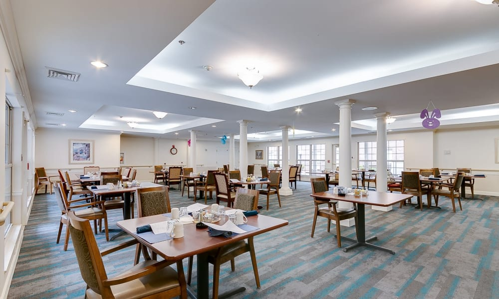 Independent living with large dining area at Brentwood at Hobart in Hobart, Indiana