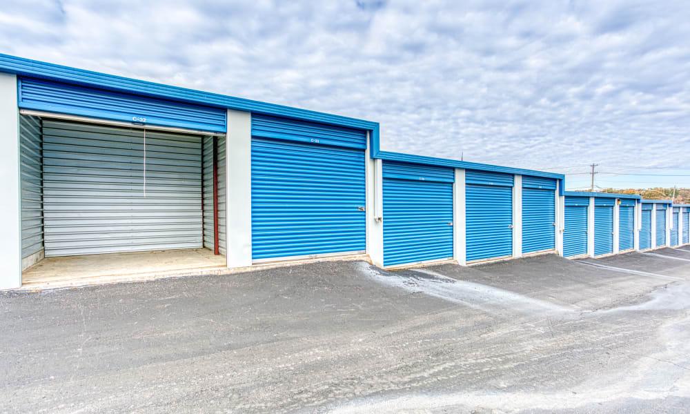 Storage units at Devon Self Storage in Memphis, Tennessee