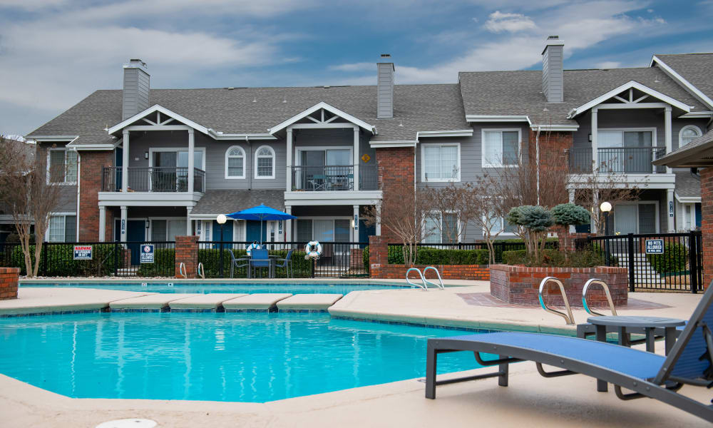 The community pool at The Courtyards in Tulsa, OK