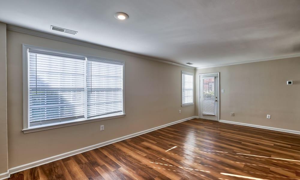 Vacant apartment home living room at Abbotts Run Apartments in Alexandria, Virginia
